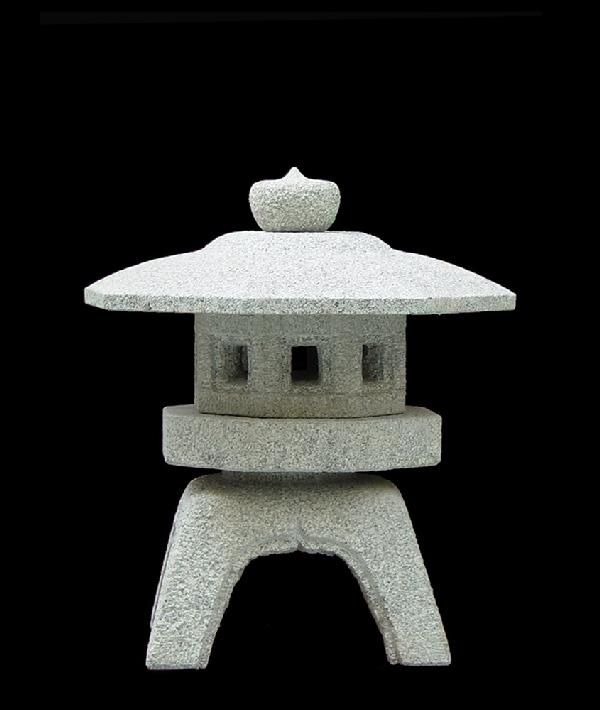 sennyuji de 60cm un lanterne japonaise de neige. Black Bedroom Furniture Sets. Home Design Ideas