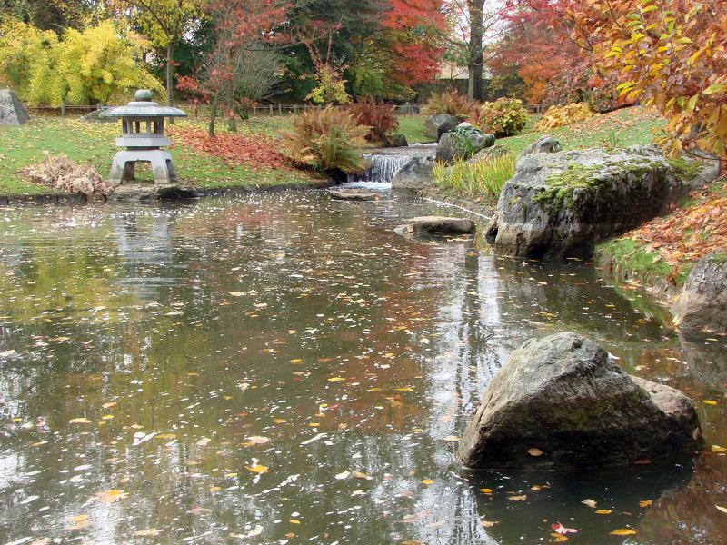 Lanterne japonaise d 39 hasselt photos de jardin japonais for Jardin japonais hasselt 2016